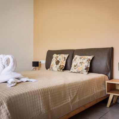Studio for 3 bedroom