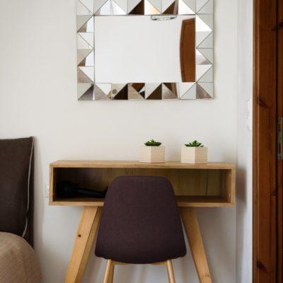 Studio for 3 mirror & desk